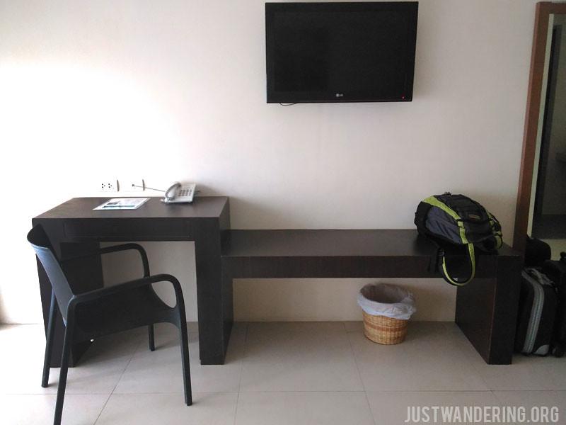 Ocean Suites Bohol 00003