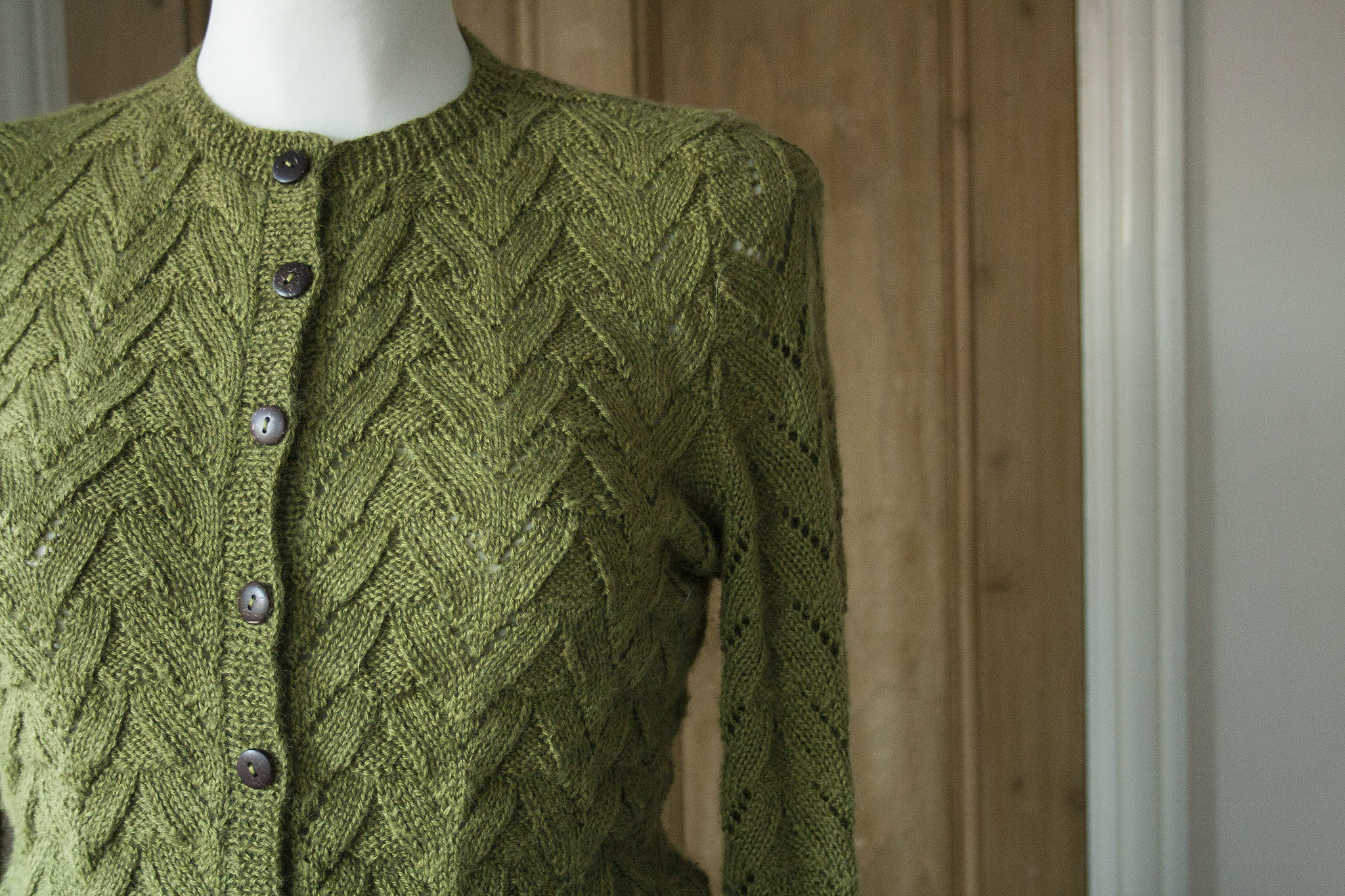 cd15c5e18ff0a0 Finished  Dragon Scale Cardigan