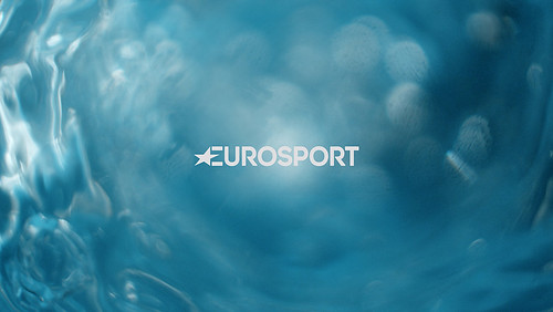 ES_Macro_Water_004_Logo