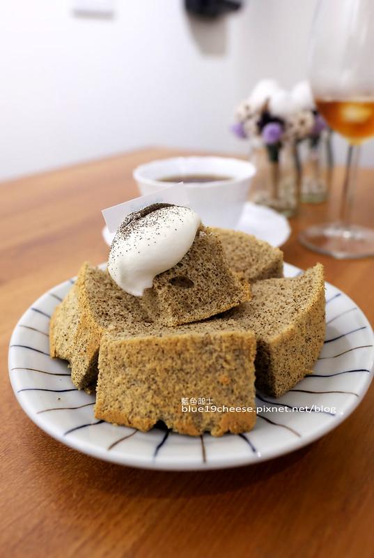 32401558856 9814e4a13c c - Supple coffee-正妹姐妹咖啡館.簡單舒服空間.甜點餅乾咖啡茶品