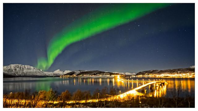 Auora over Kvæfjorden--10