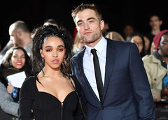 Robert Pattinson first time in a long time came out with the lover.