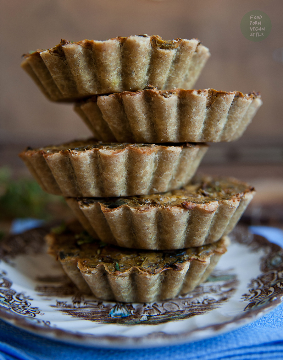 Vegan tartlets with wild mushrooms, herbs and tofu (gluten-free)