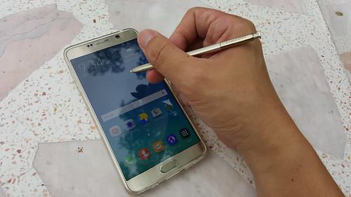 แน่นอน เมื่อพูดถึง Samsung Galaxy Note ก็ต้องนึกถึง S Pen นะครับ