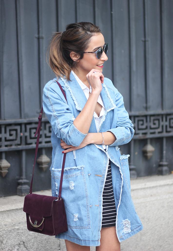 Denim Coat Stripes Skirt White Blouse Burgundy Uterqüe Bag Outfit10