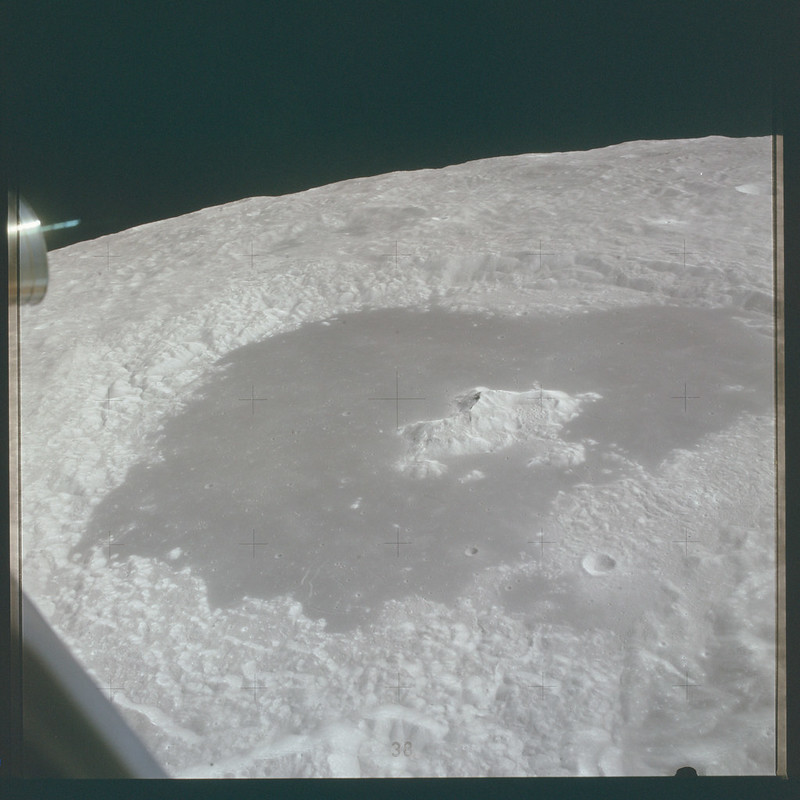 AS15-87-11729