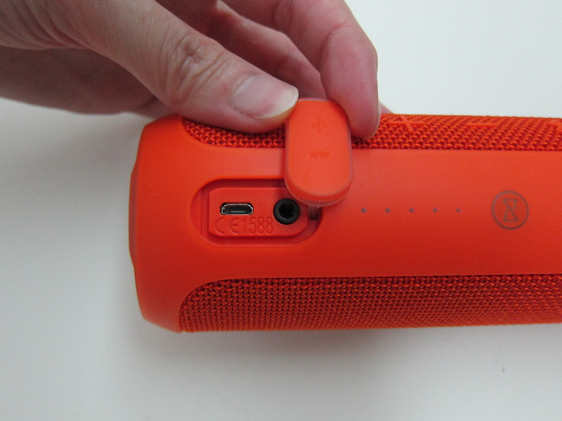 JBL Flip 3 Portable Speaker « Blog | lesterchan net