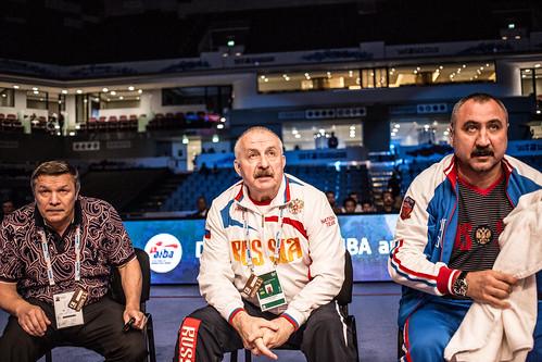 #AIBAWorlds2015 Semifinals Evegny TISCHENKO (RUS) vs Gevorg MANUKIAN (UKR)