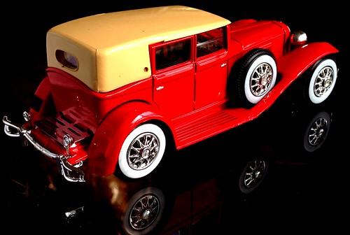 Runsun 1:43 Cord L 29 Berline (1929)