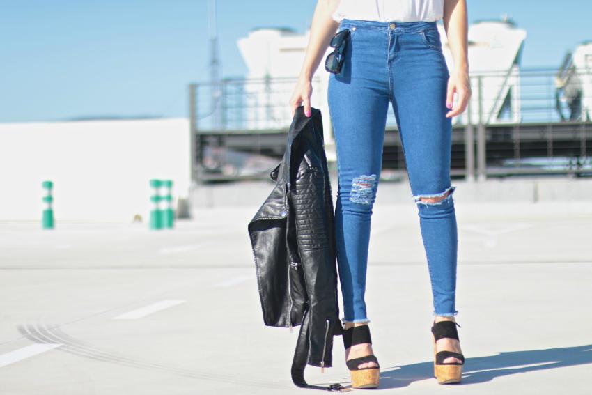 look-con-jeans-rotos