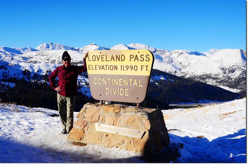 Loveland Pass' summit