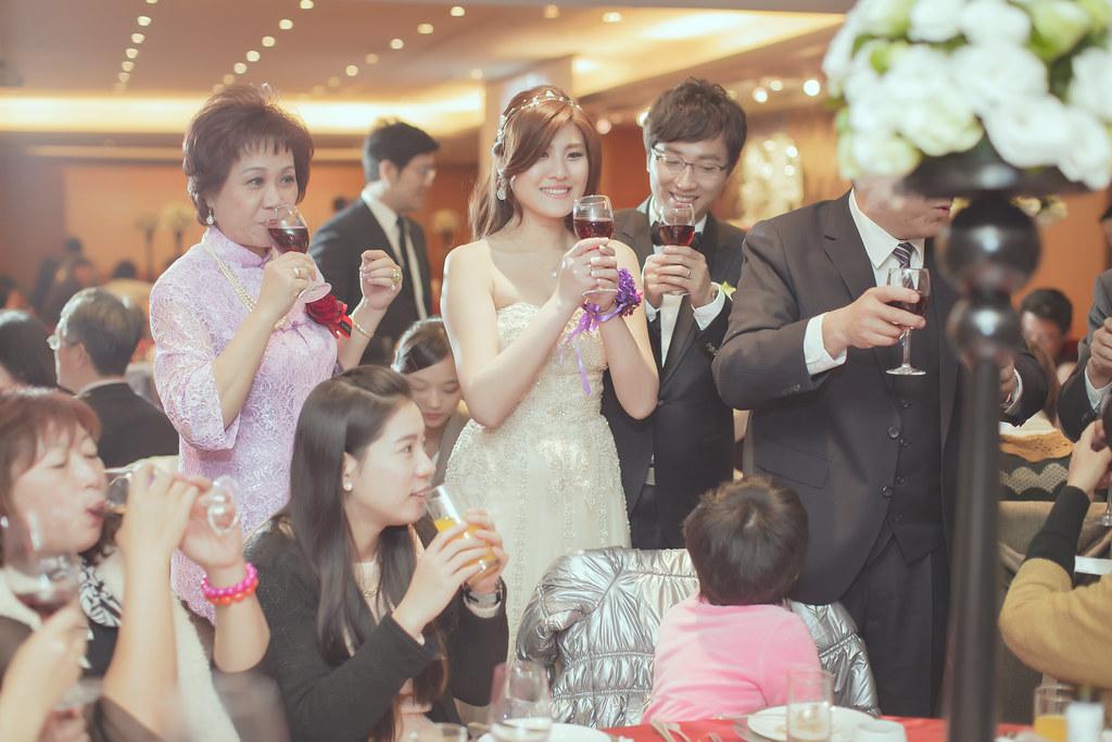 20150228六福皇宮婚禮記錄婚攝 (458)