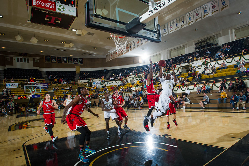 Mens Basketball vs Central Missouri - December 12, 2015