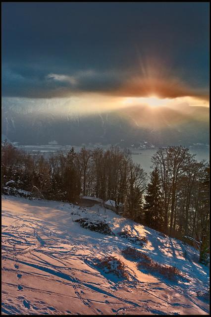Derniers rayons de soleil sur le Lac Léman. There is always the sun. No. 6594.