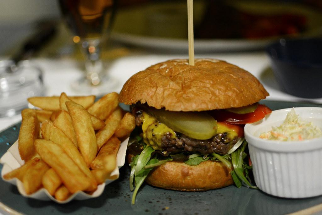 Graz-Tipp_Speisesaal_Burger