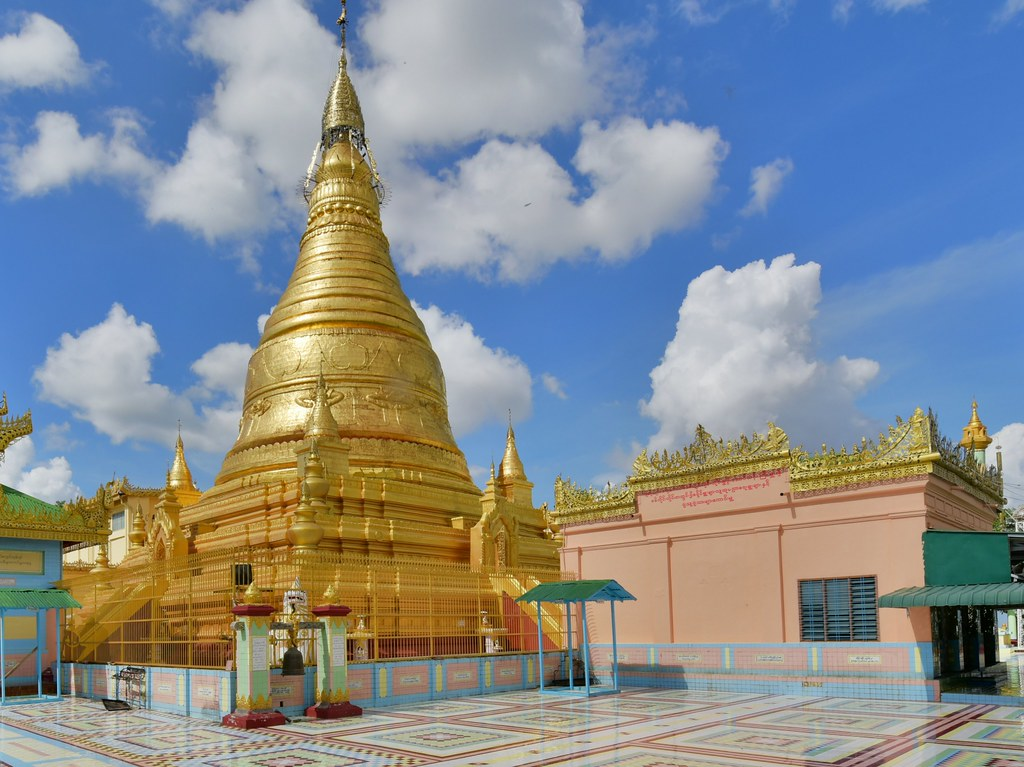 Soon Oo Pon Nya Shin Pagoda, Sagaing, Myanmar (Birmania) D810 1767
