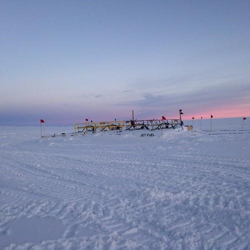 sunset greenland summit fueltanks summitstation