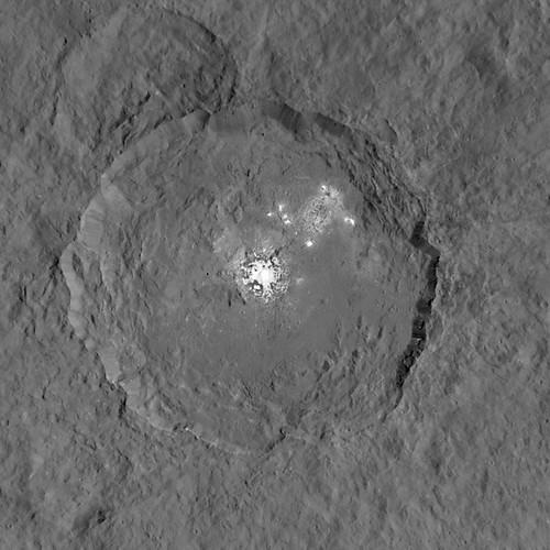 VCSE - Mai kép -- Occator kráter