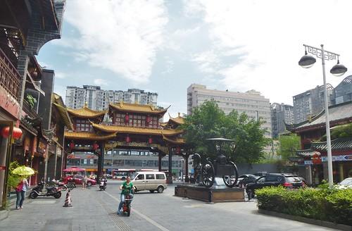 CH-Chengdu-Rue Qintai (4)