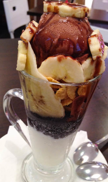 d-buri-buri-chocolate-banana-parfait
