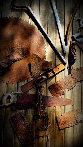 rust shadows outdoor tools antiques gaaxys5