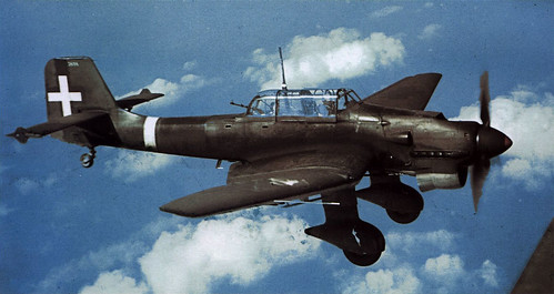 Junkers Ju-87B2-Stuka from ANR-97 Gruppo 238a Squadriglia red 11 Off the coast of  Italy Feb 1941