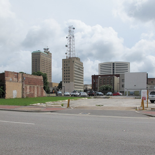 2014 20140715 beaumont beaumonttexas beaumontcityscape beaumontlandscape goldentriangle highway90 img7510 jeffersoncounty jeffersoncountytexas july july2014 parkstreet route90 texas texaslandscape us90 ushighway90 usroute90 cityskyline cityscape curbs downtown downtownbeaumont downtownskyline easttexas easterntexas highrises landscape mostlycloudy officebuildings parkedcars parking parkinglots paved pavement radiotower sidewalks skyline skyscrapers southeasttexas southeasterntexas street urbanlandscape unitedstates