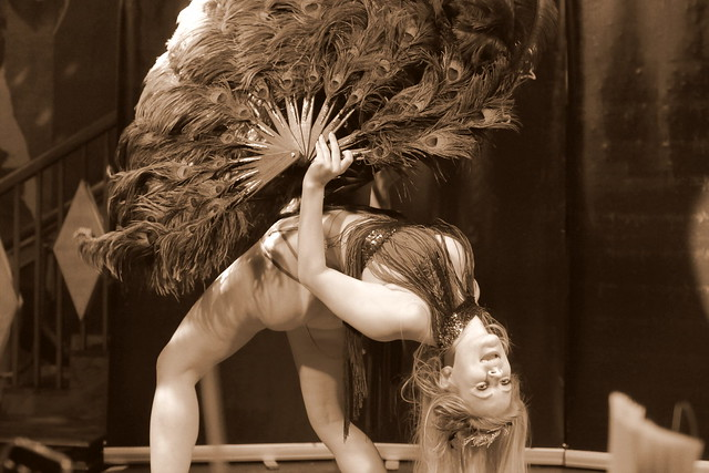 Cirque Noir Trapeze Bar (24)