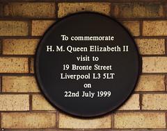 Photo of Elizabeth II black plaque