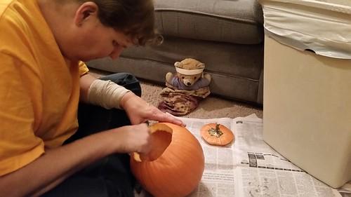 Lisa and Kuma and the Pumpkin
