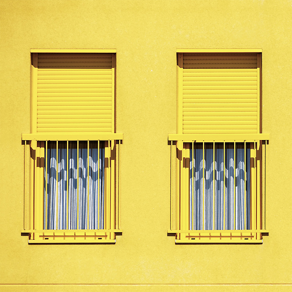 Ensanche VI - Doble amarillo