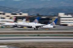 United Airlines Boeing 737-900