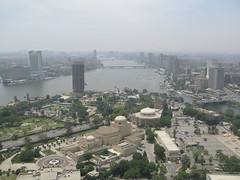 A view southwards from Cairo city tower (2005-05-298)