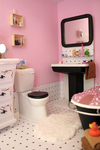 disney pink in the loo!
