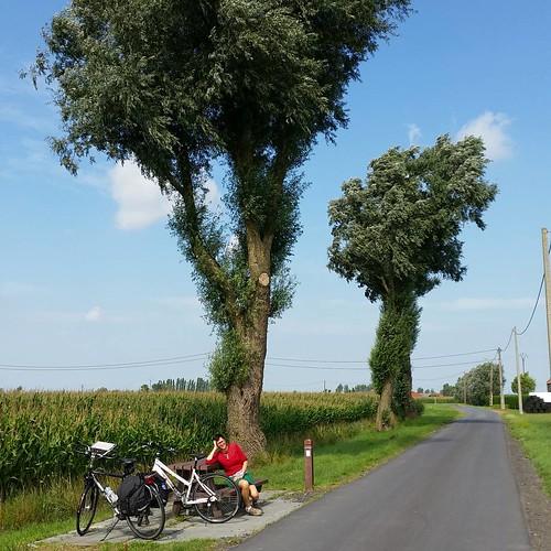 Cycling near Diksmuide #thebeastrvb