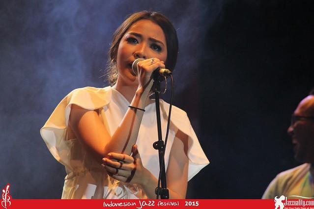 Indonesian Jazz Festival 2015 - Adinda Salahita(2)