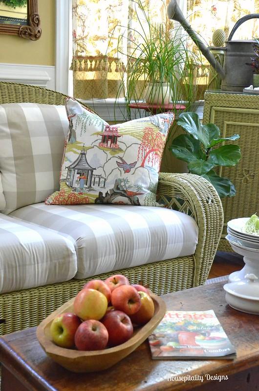 2015 Fall Sunroom - Housepitality Designs