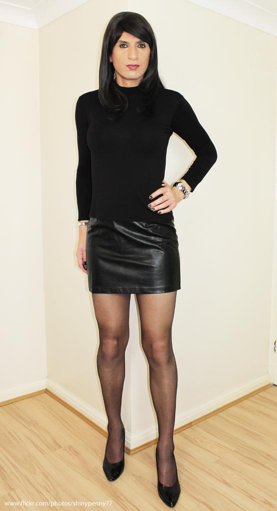 Mistress Crossdresser Mini Skirt 52