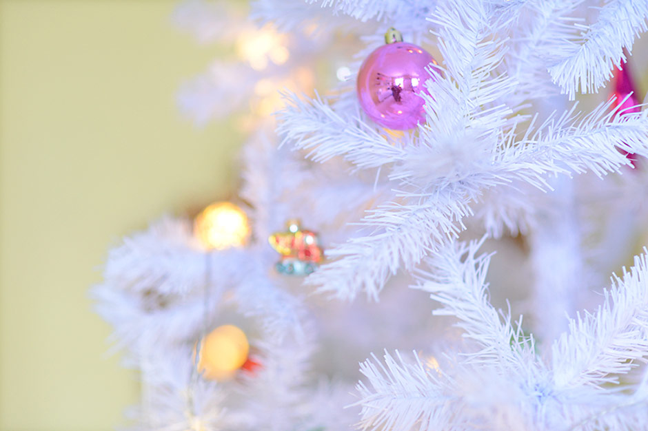 White Christmas tree with pastel ornaments