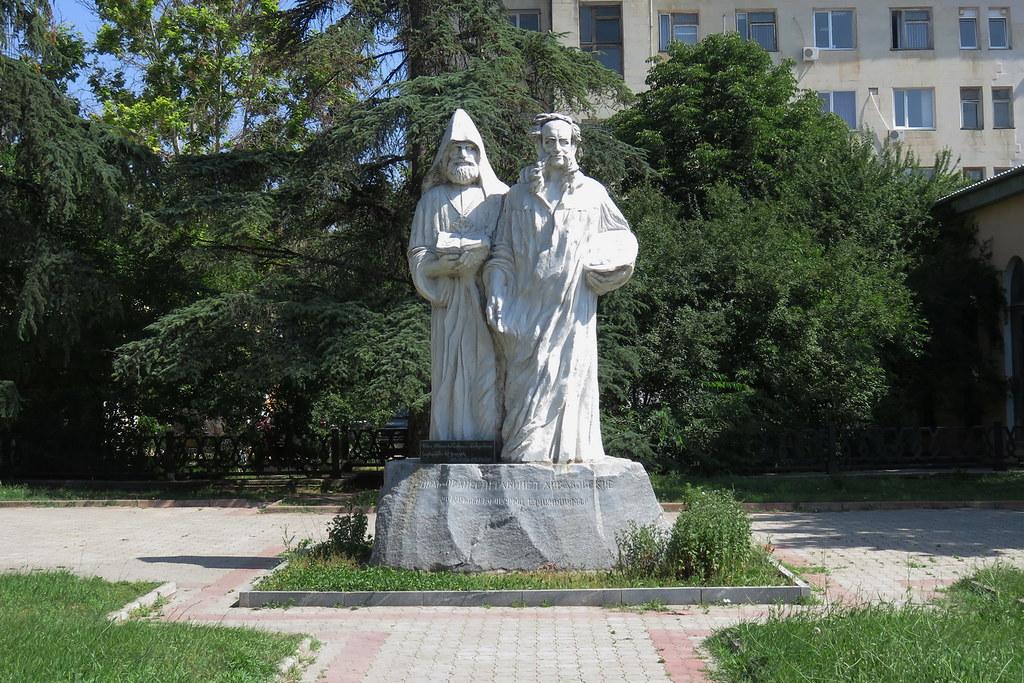 Simferopol, Monument to Ayvazovski brothers, 2016.06.23 (01)