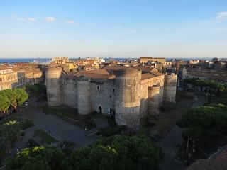 Изображение Castello Ursino. lorenzo blangiardi lydser firenze toscana italy art sculpture lucca comics 2016 catania ursino castello sicily castle