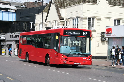 Blue Triangle MDL1 on Route 347, Romford Station