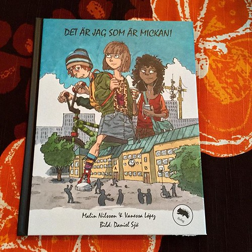 Förutom supergod middag hos @viktoriabrannstrom och @danielsjoo fick jag en bok! @danielsjoo har illustrerat. Stort tack!