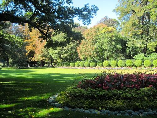 Picnic in Jardins de Luxembourg
