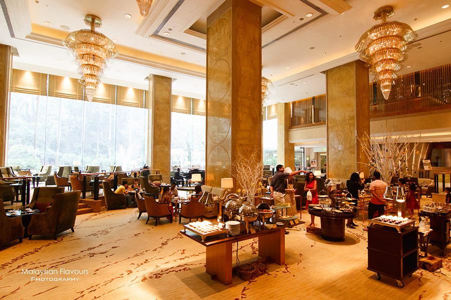 shangri-la-hotel-kuala-lumpur-chocolate-symphony-lobby-lounge