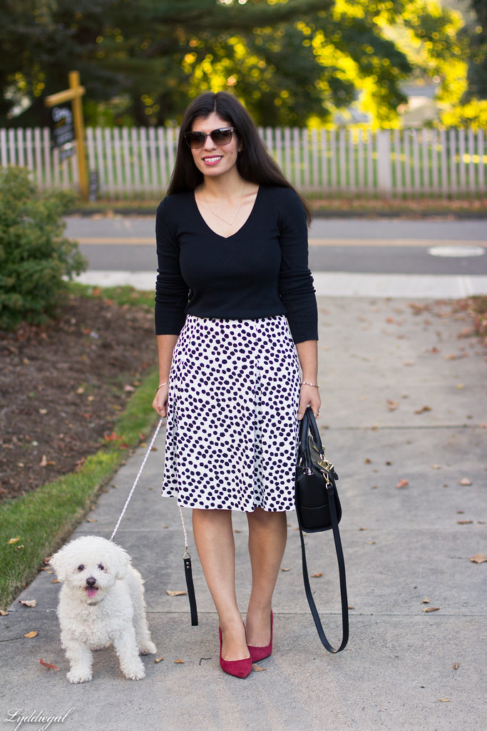 black and white Dalmatian print skirt, black top, red pumps-3.jpg