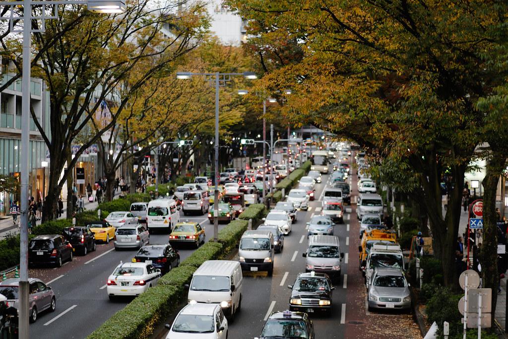 Jingumae 4 Chome, Tokyo, Shibuya-ku, Tokyo Prefecture, Japan, 0.008 sec (1/125), f/2.0, 85 mm, EF85mm f/1.8 USM