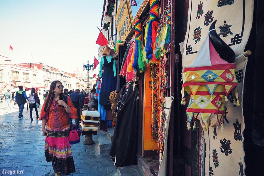 2015.12.09 ▐ Tibet 西藏踢北去 ▐ 尋找藏人真正的拉薩中心,被信仰力量震撼的大昭寺與舊城區 23.jpg