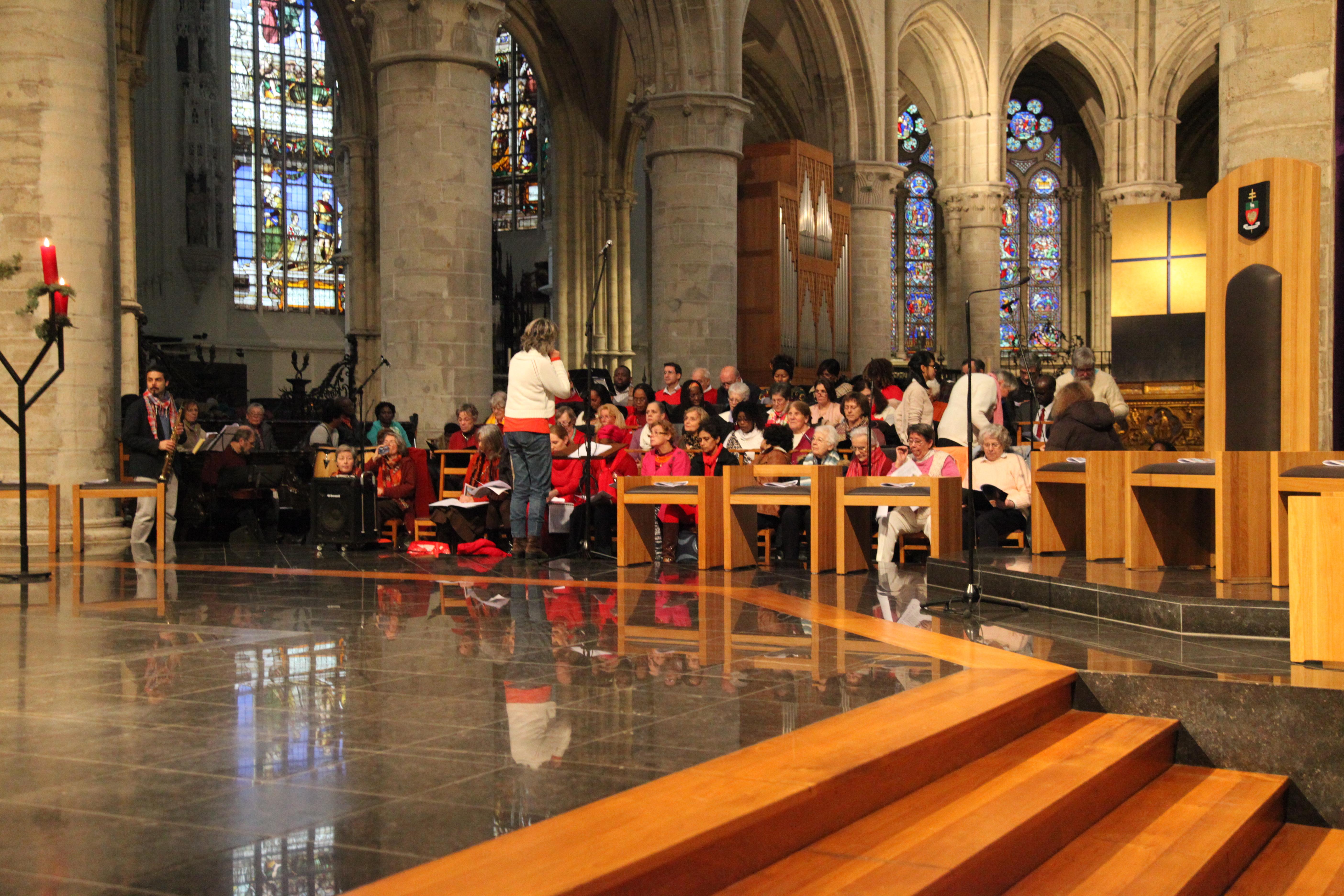 13/12/15: Ouverture de la porte (cathédrale Sts Michel et Gudule)