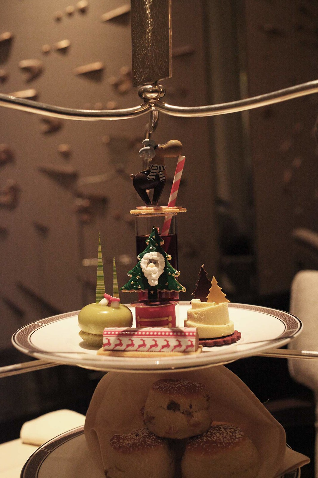festive-afternoon-tea-at-the-langham-hotel-christmas